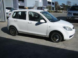 Mazda Demio DY 2002-2007