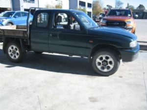 Mazda Bounty 4wd UN